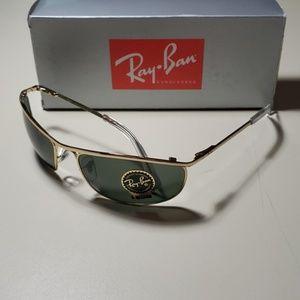 "NWT Ray Ban sunglasses ""OLYMPIAN"" 3119 GOLD 62mm"